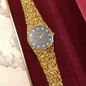 """New in box - vintage """"gold nugget"""" watch"""